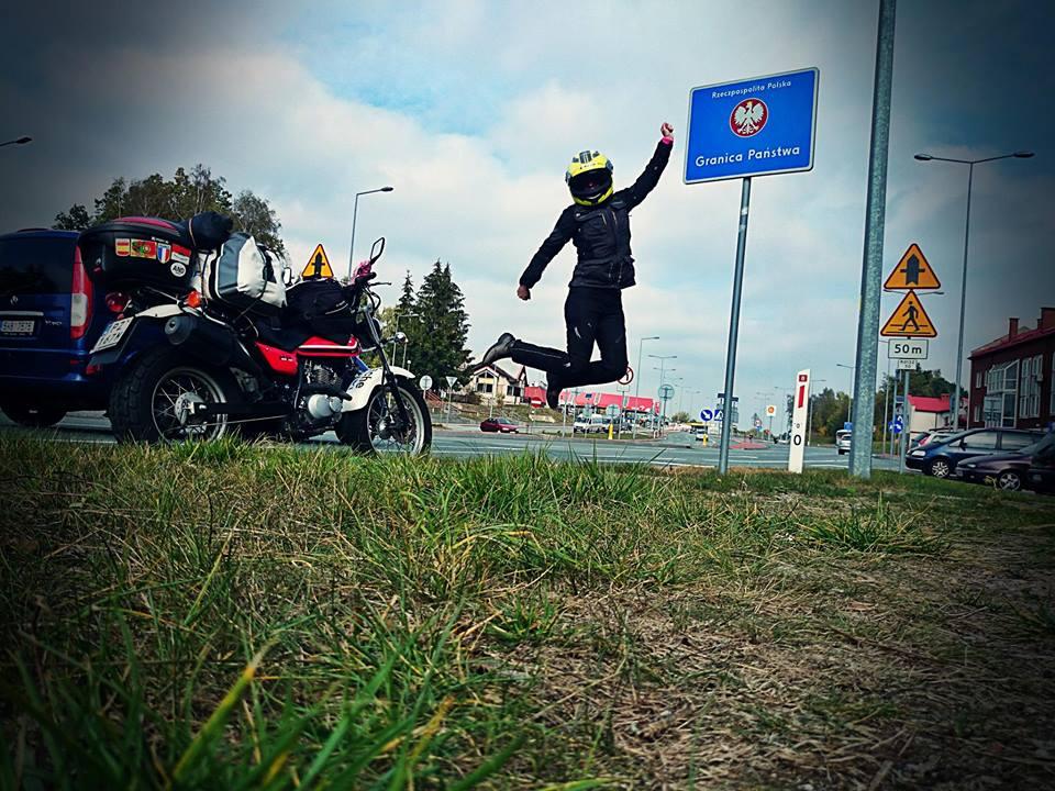 Weronika Kwapisz zakończyła samotną wyprawę dookoła Europy na małym Suzuki VanVan 125