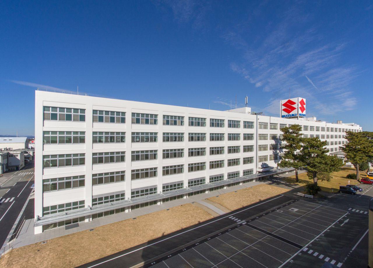 Firma zmienia nazwę na Suzuki Motor Corporation
