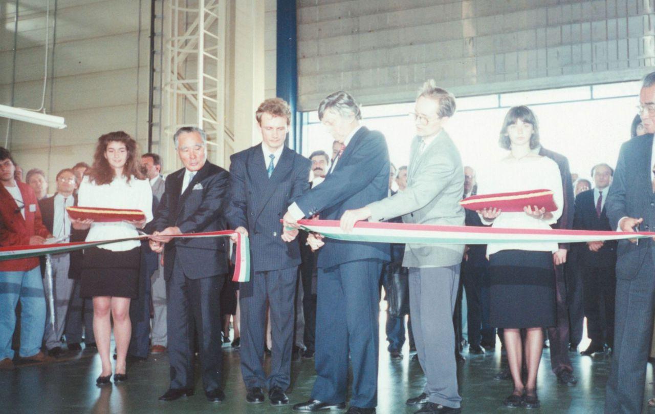 Z Węgier w szeroki świat – utworzenie Magyar Suzuki